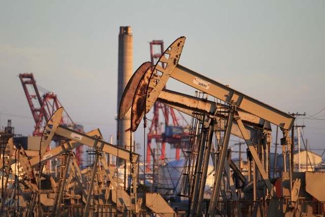 Земята разполага с петрол за още 53 години © Снимка: Ройтерс