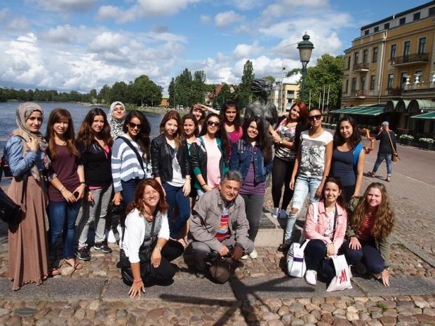 Русенски младежи изучаваха технологията за рециклиране на отпадъци в Швеция. Снимка: Darik News